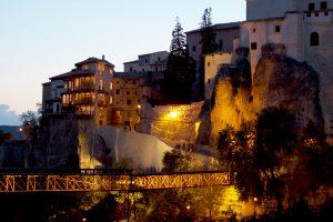 Panorámica-nocturna-de-Cuenca