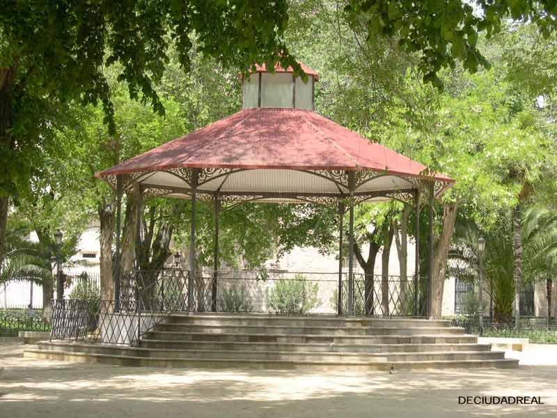 ciudad-real-jardines-prado005