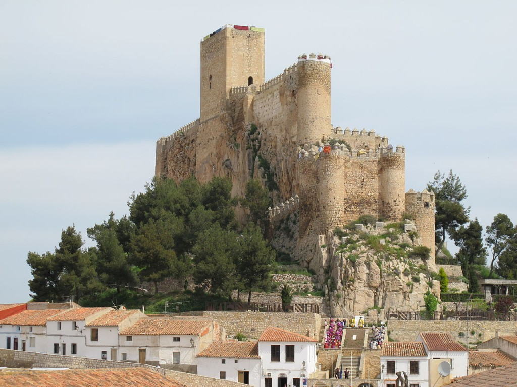 1280px-CastilloAlmansa4