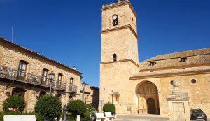 plaza-iglesia-el-toboso